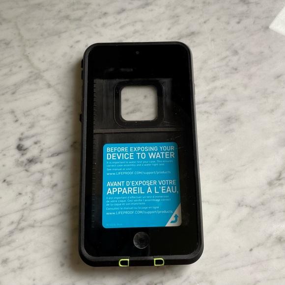 Lifeproof FRĒ Series Waterproof Black iPhone Case